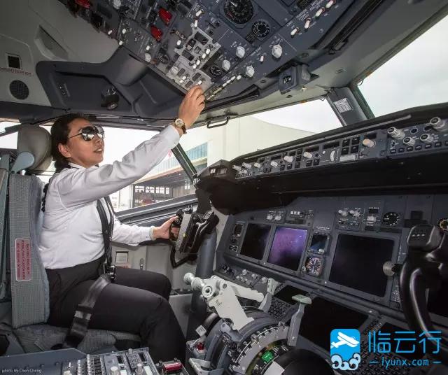 深航女飞行员飞行故事  云上影像 010121kjkk1l3xtkqktz1d 临云行 通用航空飞行员社区