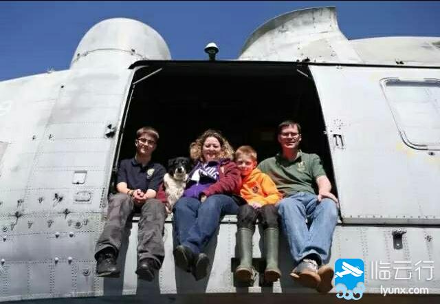 英国大叔花了7000 英镑,买回一架军用直升机,将其爆改成民宿,炫酷到没朋友! - 临云行 - IMG_20161219_073244.jpg